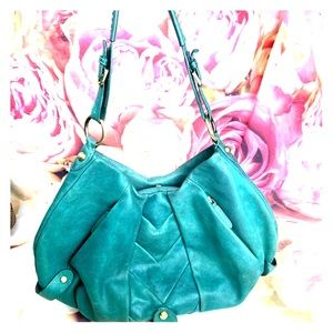 ✨💚 Beyond Beautiful Green Hobo Leather Bag 💚✨